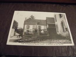A190..CPA...23..BELLEGARDE-EN-MARCHE..Le Monument Aux Morts 1914-1918.. Rare Beau Plan Animé..ecrite & Voyagée 1935 - Bellegarde