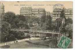 CPA 75 PARIS BUTTES-CHAUMONT LE PONT SUSPENDU ET LE LAC - Places, Squares