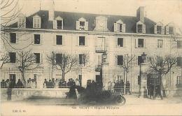 03-260   CPA   VICHY          HOPITAL MILITAIRE ANIMATION        Belle Carte - Vichy