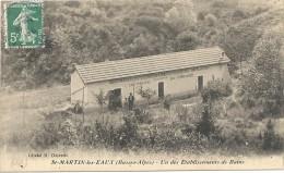 ST MARTIN DES EAUX. UN DES ETABLISSEMENT DE BAINS - Autres Communes