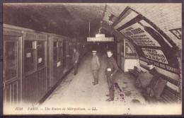 Paris Station De Métro - Métro Parisien, Gares