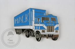 Mack Blue Colour - Truck Pin Badge #PLS - Transportes