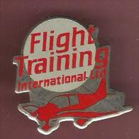 38003-Pin's.Avion.Aviatio N.flight Training International Ltd.. - Airplanes