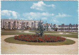 CPSM - GF - Limoges (H. V.) Place David Haviland - Résidence La Fontaine - Limoges