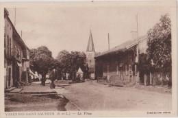 Cpa,saone Et Loire,varennes-saint-sauv Eur,la Place,église,village De L´époque