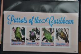 N 239++ GRENADINES OF ST. VINCENT 2014 VOGELS BIRDS OISEAUX PARROTS MNH ** - St.-Vincent En De Grenadines