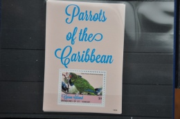 N 236++ GRENADINES OF ST. VINCENT 2014 VOGELS BIRDS OISEAUX PARROTS MNH ** - St.-Vincent En De Grenadines