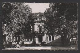 DF / 47 LOT ET GARONNE / SAINTE-LIVRADE / L'HÔTEL DE VILLE / CIRCULÉE EN 1954 - Autres Communes