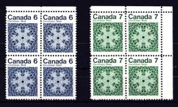 Canada 1971 Christmas 6c & 7c Blocks Of 4 MNH - 1952-.... Règne D'Elizabeth II