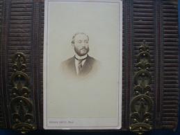 Photo CDV Pierre Petit  à Paris 31 Place Cadet - Portrait Homme Dédicace Au Dos Datée Septembre 1870 L168 - Photos