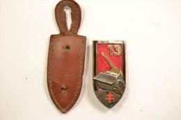Insigne 13° Régiment Du Génie, émail, Tourelle Et Canon Dorés  13 RG - Army