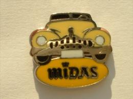 PIN´S MIDAS  - VOITURE JAUNE - SIGNE A.B - Pins