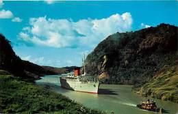 Pays Divers- Ref C626- Panama - Bateau -boat  -paquebot  Coronia In Gaillard Cut , Panama Canal -carte Bon Etat   - - Panama
