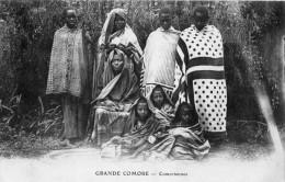 COMORE GRANDE COMORE COMORIENNES - Comores