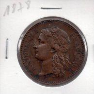 REF 1  : Monnaie Médaille Administration Des Monnaies Exposition Universelle Paris 1878 - France
