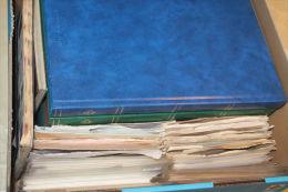 (531 ) Kiste DDR aus Nachlass ,sehr viel ** ;sehr hoher Katalog und ehemaliger Kaufpreis !