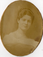 Photo Sur Carton Joli Portrait D´une Jeune Femme Au Dos Mme DAUPHIN 47 Avenue De Villiers 17ème PARIS - Photos