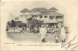 Afrique - DJIBOUTI - 17 - Fantasia Somali Devant Le Palais Du Gouverneur - Djibouti