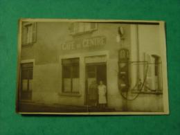 CARTE PHOTO CAFE DU CENTRE M  MOREL-STATION DE GONFLAGE NAPHTA CYCLE?-ANIMEE-A IDENTIFIER