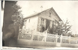 CARTE PHOTO A IDENTIFIER -     Une maison � identifier et � Situer - -  - VAN1 -
