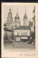 EVREUX . Cathédrale - Les Trois Clochers . Ancienne Boulangerie GUIGUE - Evreux