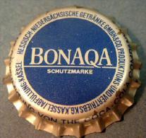 BONAQUA Kassel Mineralwasser Kronkorken soda mineral water bottle crown cap Coca-Cola Company tapon corona eau capsule