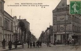 Montreuil Sous Bois: Le Boulevard De L´Hôtel De Ville Et Le Baromètre. - Montreuil