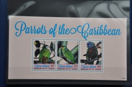 N 237++ GRENADINES OF ST. VINCENT 2014 VOGELS BIRDS OISEAUX PARROTS MNH ** - St.-Vincent En De Grenadines