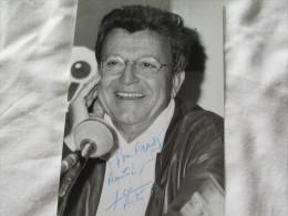PHOTO DEDICASSE DE JOSE ARTUR - Autographes