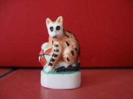 Fève Série Aristochats Année 2001 - Fabricant Cadoland  - Chat Numéro 1 -  Fèves - Animals