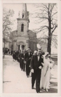 ANDERNOS (GIRONDE) CARTE PHOTO AVEC BELLE ANIMATION D'UN MARIAGE . LA SORTIE DE L'EGLISE - Andernos-les-Bains