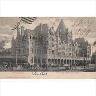 CND1657C-LFTD2652TTSC.Tarjeta Postal De CANADA. Gran Y Bonito Edificio.Coches De Caballos. .MONTREAL.Circulada. - Postales