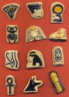Serie Complete De 12 Feves Faience  Sur Le Theme De L'egypte - Antiguos