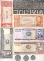 BOLIVIA 5 BILLETES DIFERENTES  MAS 3 MONEDAS DIFERENTES MAS UN SOBRERELIEVE DE PLASTICO METALIZADO TBE - Bolivia