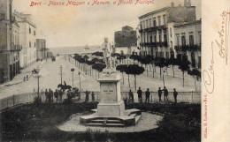 CARTOLINA D'EPOCA DI BARI PIAZZA MASSARI E MONUMENTO A PICCINNI COM'ERA INIZI 900 VIAGGIATA 1905 - Bari