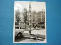 PHOTO ANCIENNE FRANCONVILLE Voitures Et Immeuble 18 X 24 Cm - Lieux