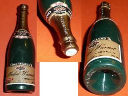 Rare Ancienne Fausse Mignonnette De CHAMPAGNE Bouteille En Plastique, Miniature, Michel Warnet à Oeuilly - Miniatures