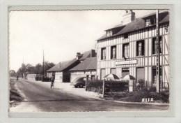 ROMILLY-sur-ANDELLE (27) / CPSM / COMMERCES / CAFES / TABACS / AUBERGES / Carrefour Tournebride - France