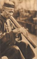 [DC5627] CARTOLINA - PONTEFICE OPERE MISSIONARIE - CONTADINO DEL JUNNAN CINA - CHE FUMA LA PIPA  - CP NV - Old Postcard - Cina