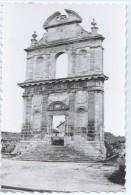 CPSM FORGES LES EAUX La Porte Des Carmelites - Forges Les Eaux