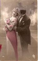 PAREJA DE ENAMORADOS- NOVIOS-FIANCEE-COUPLE D´ AMOUREUX- VOYAGEE-VIAJADA 1926 GECKO. - Koppels