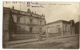 CONFOLENS  -   La Sous Préfecture. - Confolens