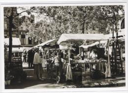 CPM - BELGIQUE - BRUXELLES - BRUSSEL  - Les Années 50 - Place Sainte Catherine - Sint-Katelijneplein In De Jaren 50 - Markten
