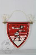 Beautiful Red  & White Hockey Collectible Flag - Sport Club Thunderstern Rollhockey - Jockey - Menores