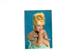Carte Postale De Brigitte Bardot - Postales