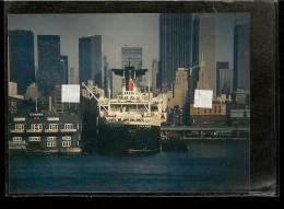 """PHOTO Du PAQUEBOT """" FRANCE """"  A Quai à NEW YORK  ( Compagnie Générale Transatlantique ) - Boats"""
