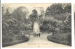 Cp, 54, Toul, Jardin De L'Hôtel De Ville, Le Jet D'Eau - Toul