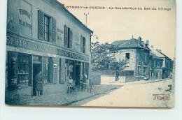 FONTENAY EN PARISIS  - La Grande Rue Au Bas Du Village, L'épicerie. - France