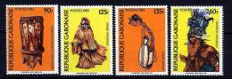 Rep. Gabon ** N° 541 à 544 - Arts Et Costumes - Gabon
