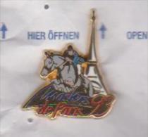 Pin's HIPISME TOUR EFFEL  MASTERS DE PARIS 93 Signe ALPHA CONCEPT - Pin's